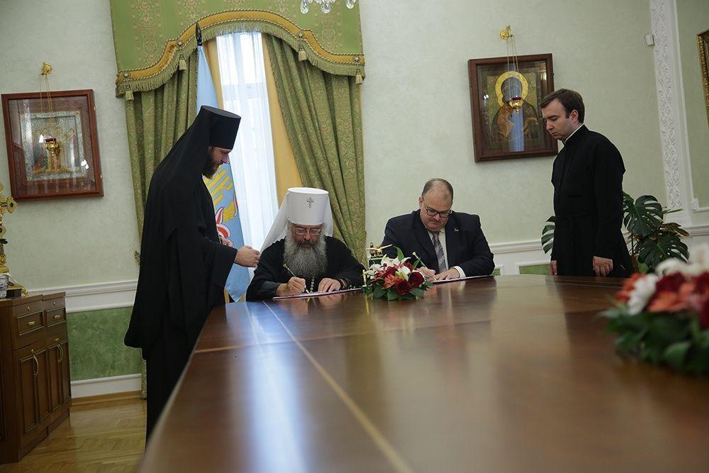 В Екатеринбургской митрополии станет больше больничных храмов
