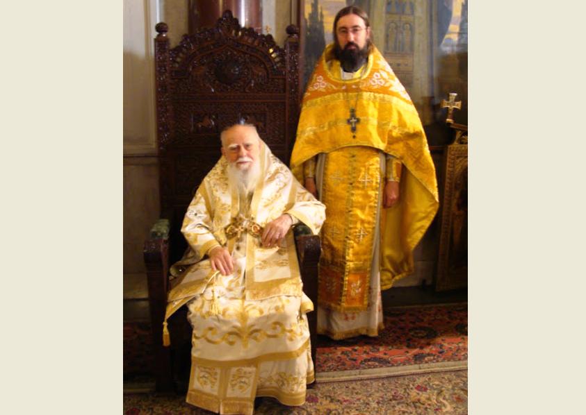 Со Святейшим Патриархом Болгарским Максимом, июль 2011.png