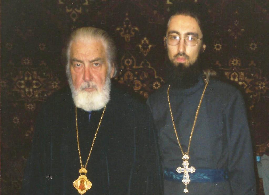 8. Последнее фото с отцом 21 сентября 1998г..jpg